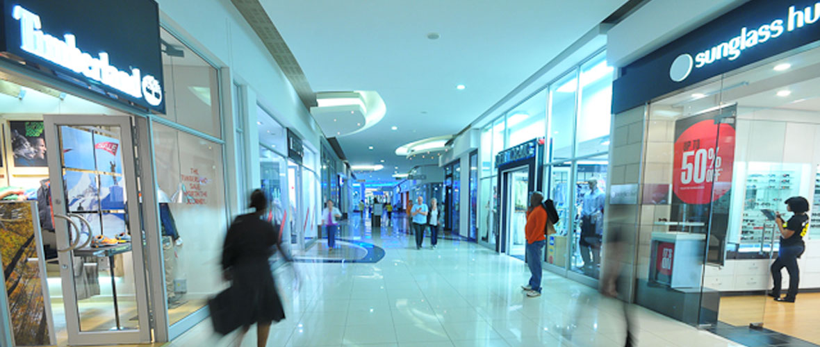Hemingways-Mall-Interior-1